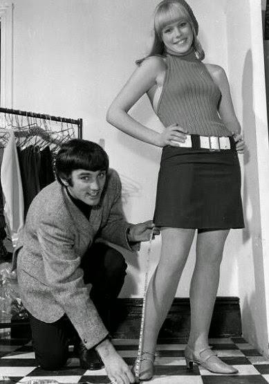 mini-skirt-8