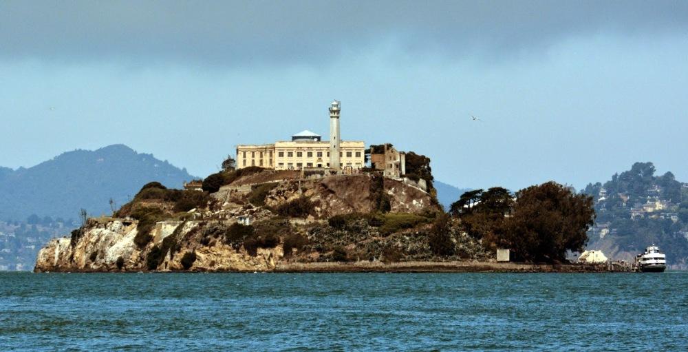 Alcatraz_Island_photo_D_Ramey_Logan.jpg