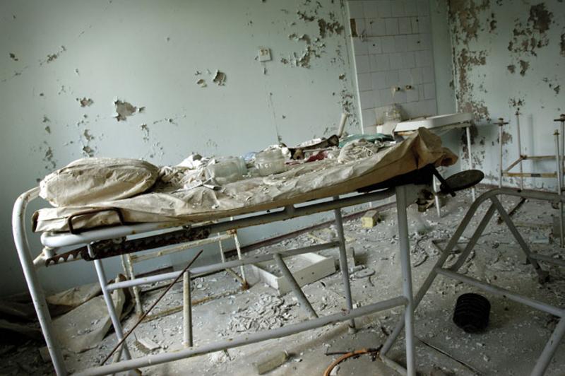 hayalet-sehir-pripiat-pripyat-hastahane.jpg