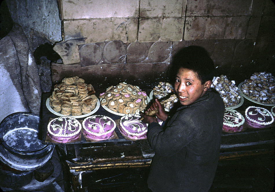 Color Photos of Afghanistan in The 1960s by Bill Podlich (11).jpg