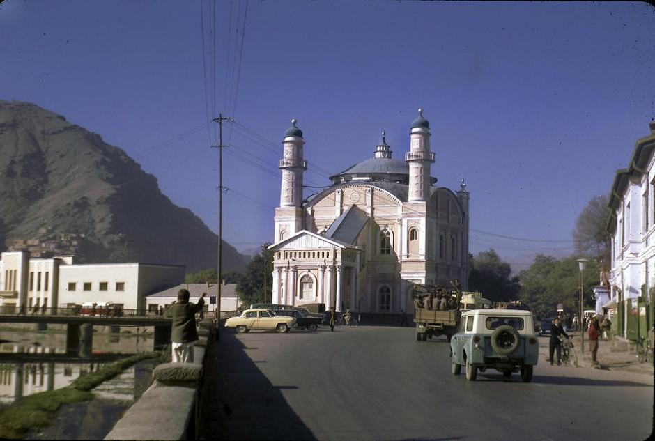 Podlich_Afghanistan_019.sJPG_950_2000_0_75_0_50_50-940x633.jpg