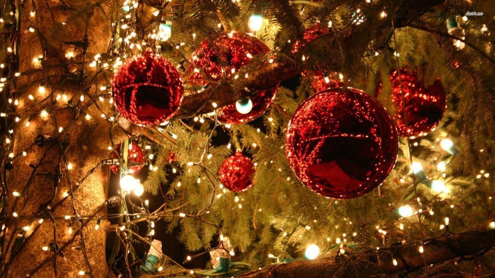 christmas-holiday-decorations-wallpaper-2.jpg