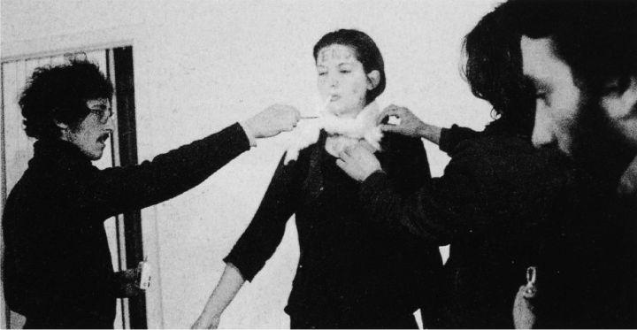 marina-abramovic-1979-performans-sanatlari
