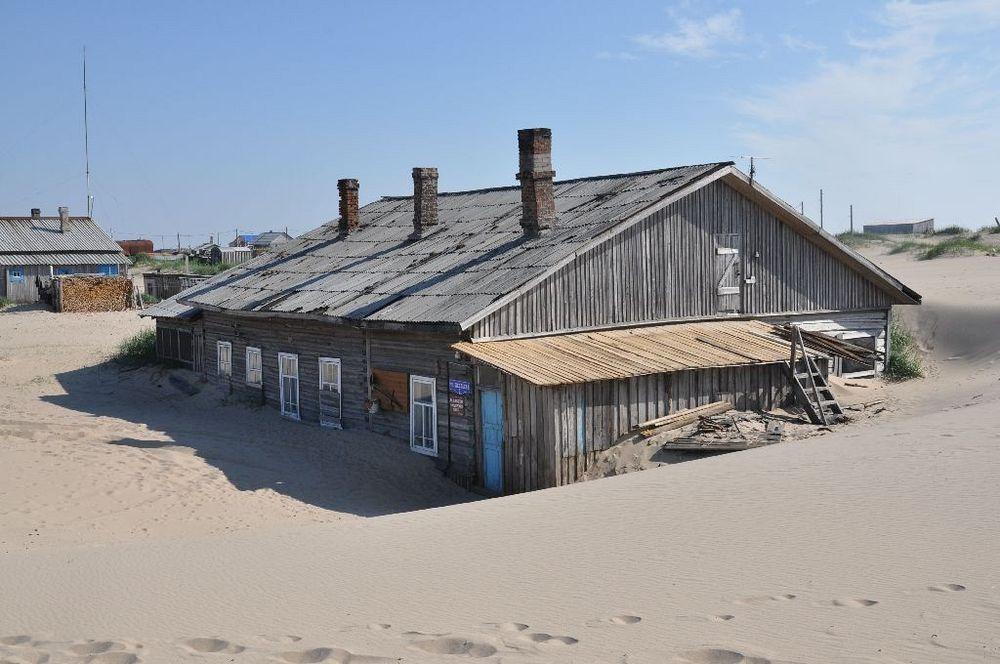 shoyna-sand-buried-46.jpg