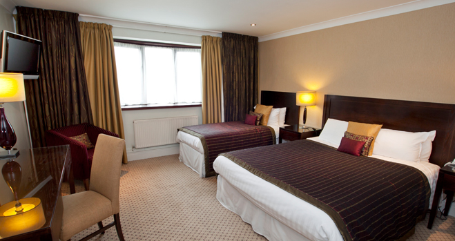 standard-triple-room.jpg