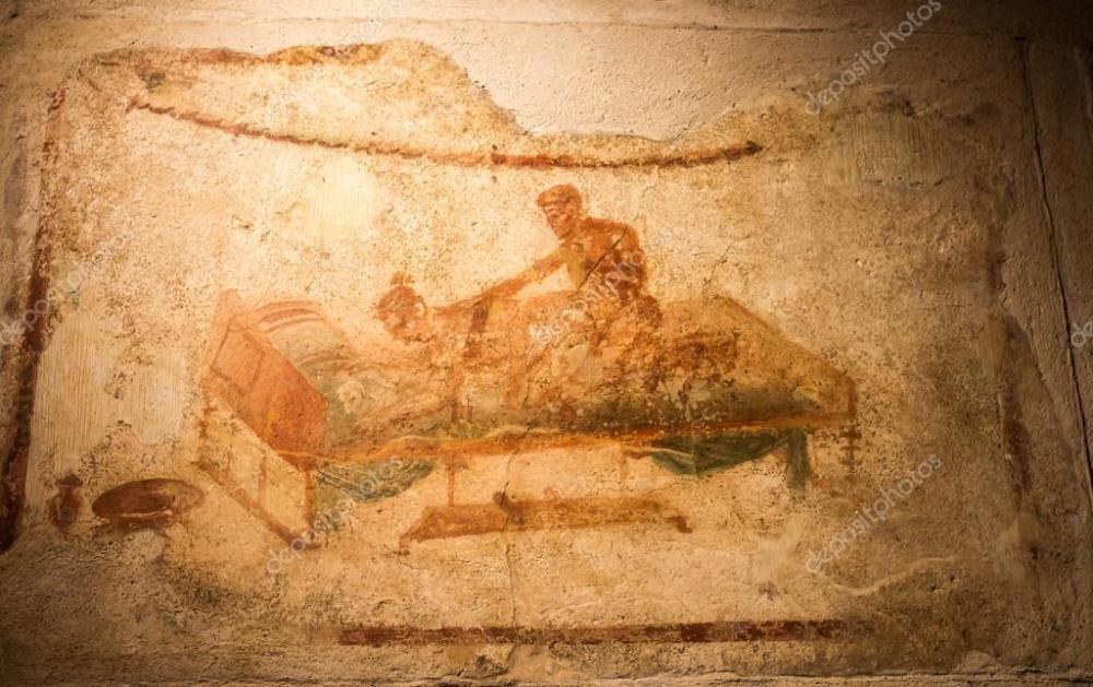 depositphotos_16927193-stock-photo-ancient-fresco-in-pompeii