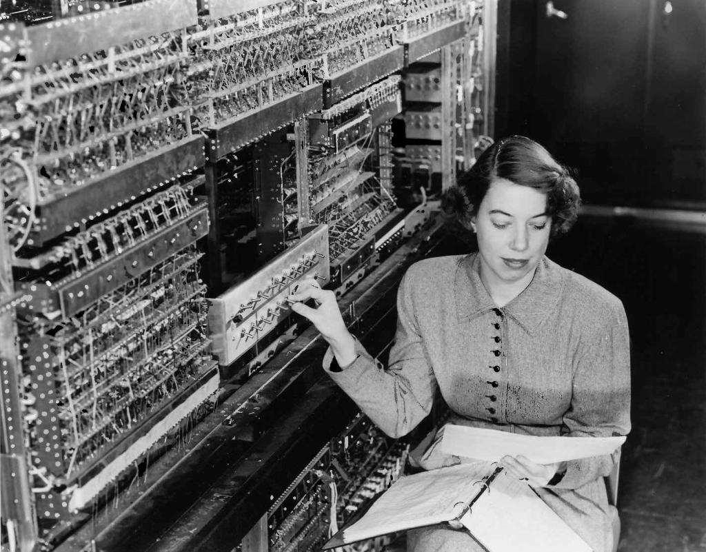 Dönemin Bilgisayar Kızları